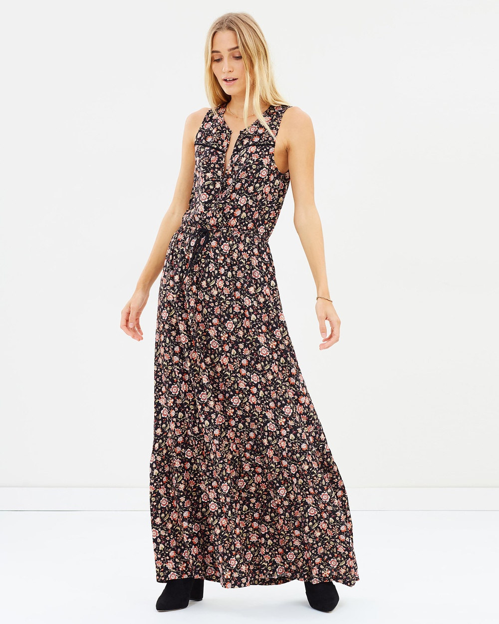 Tigerlily Marquisa Maxi Dress Printed Dresses Washed Black Marquisa Maxi Dress