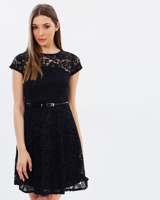 Dorothy Perkins – Belted Lace Fit & Flare Dress Black
