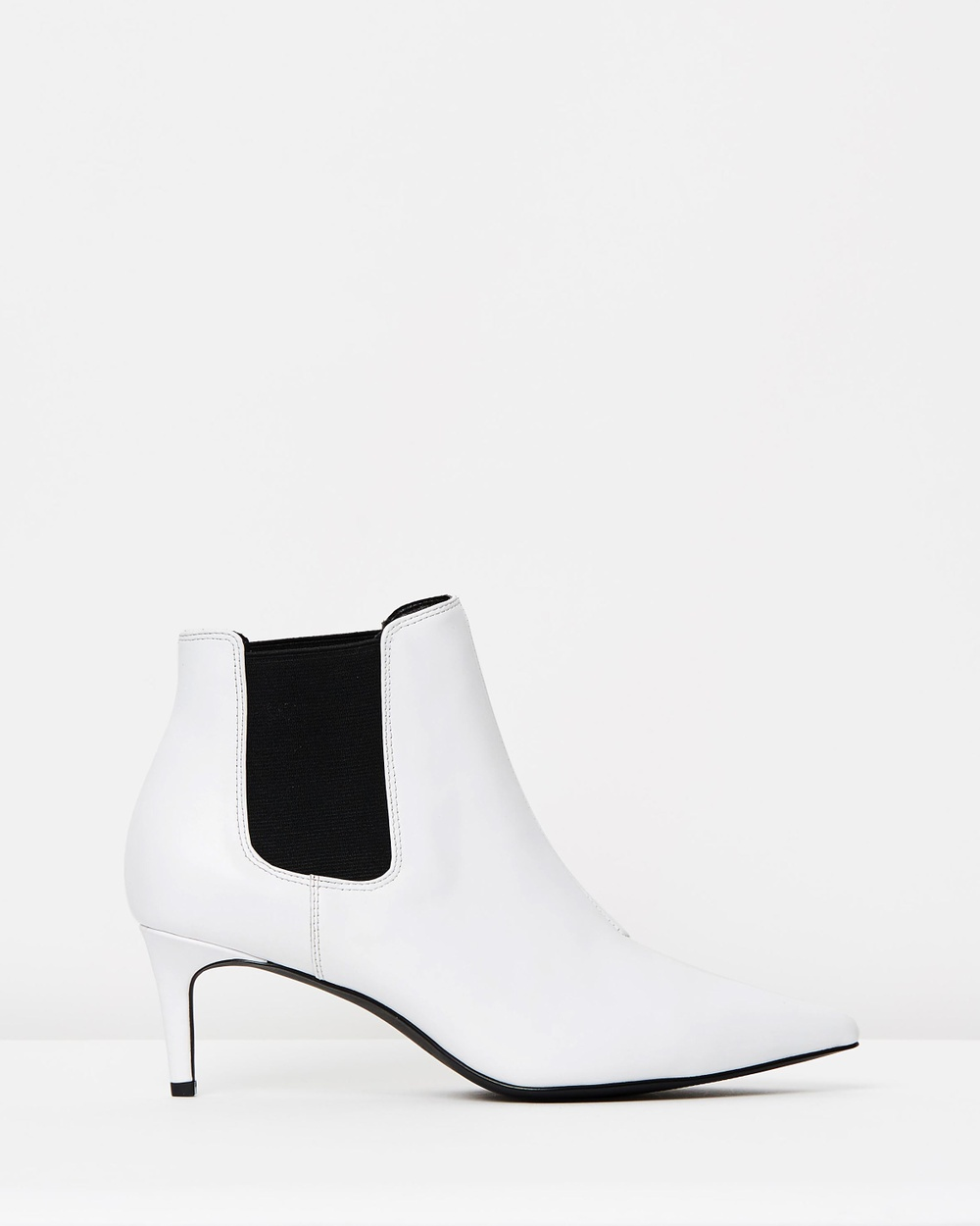Atmos & Here ICONIC EXCLUSIVE Octavia Leather Ankle Boots Mid-low heels White Leather ICONIC EXCLUSIVE Octavia Leather Ankle Boots