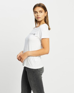 Calvin Klein - Core Institutional Logo Slim T Shirt Short Sleeve T-Shirts (BRIGHT WHITE) T-Shirt