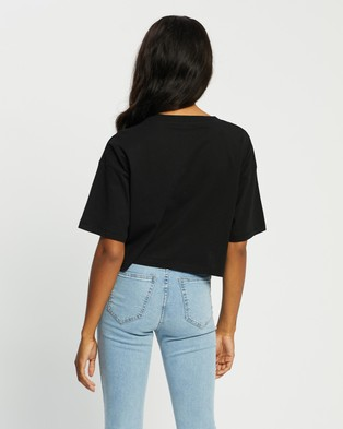 Cotton On - Cropped Boyfriend Tee - T-Shirts & Singlets (Black) Cropped Boyfriend Tee