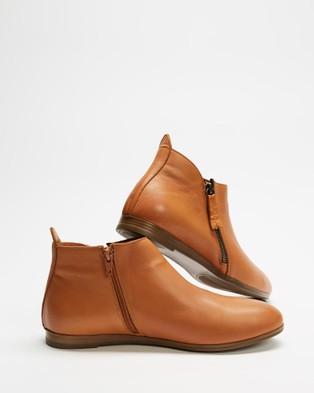Bueno - Halo Boots (Coconut)