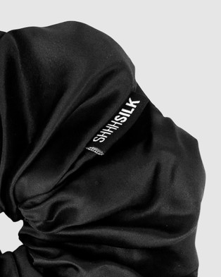 Shhh Silk Oversized Silk Scrunchie - Beauty (Black)