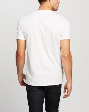 Fred Perry Ringer T Shirt - T-Shirts & Singlets (100 White)