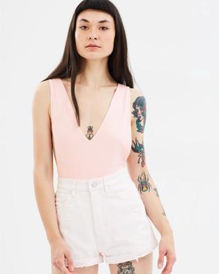 ABrand – A Queen Bodysuit Bright Rose