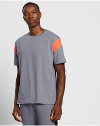 Calvin Klein Performance - Colour Block Tee