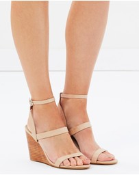 SPURR - Cate Wedges