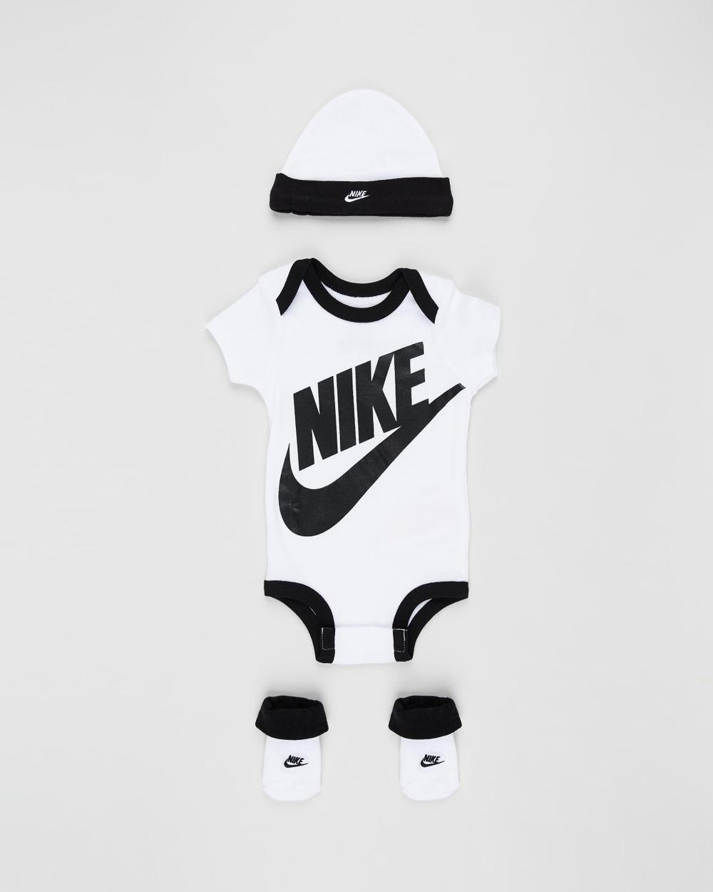 Nike Futura Logo Boxed Set Babies Headwear White