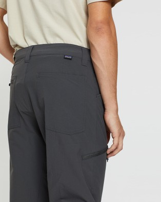 Patagonia Men's Quandary Pants - Cargo Pants (Forge Grey)