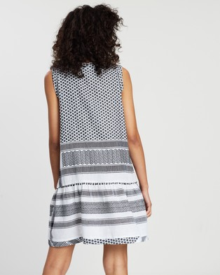Cecilie Copenhagen - Dress 2, V, No Sleeves - Dresses (Black & White) Dress 2, V, No Sleeves