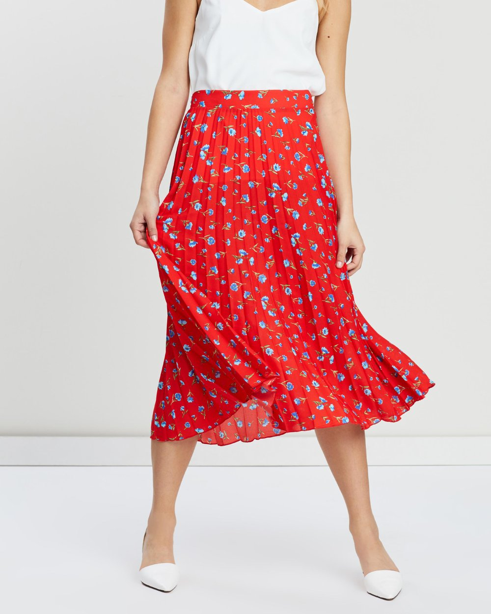 a8822536f3ef Ditsy Print Pleated Skirt by Dorothy Perkins Online | THE ICONIC | Australia