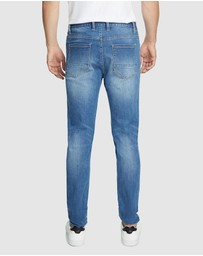 Yd. - Wylde Slim Tapered Jeans