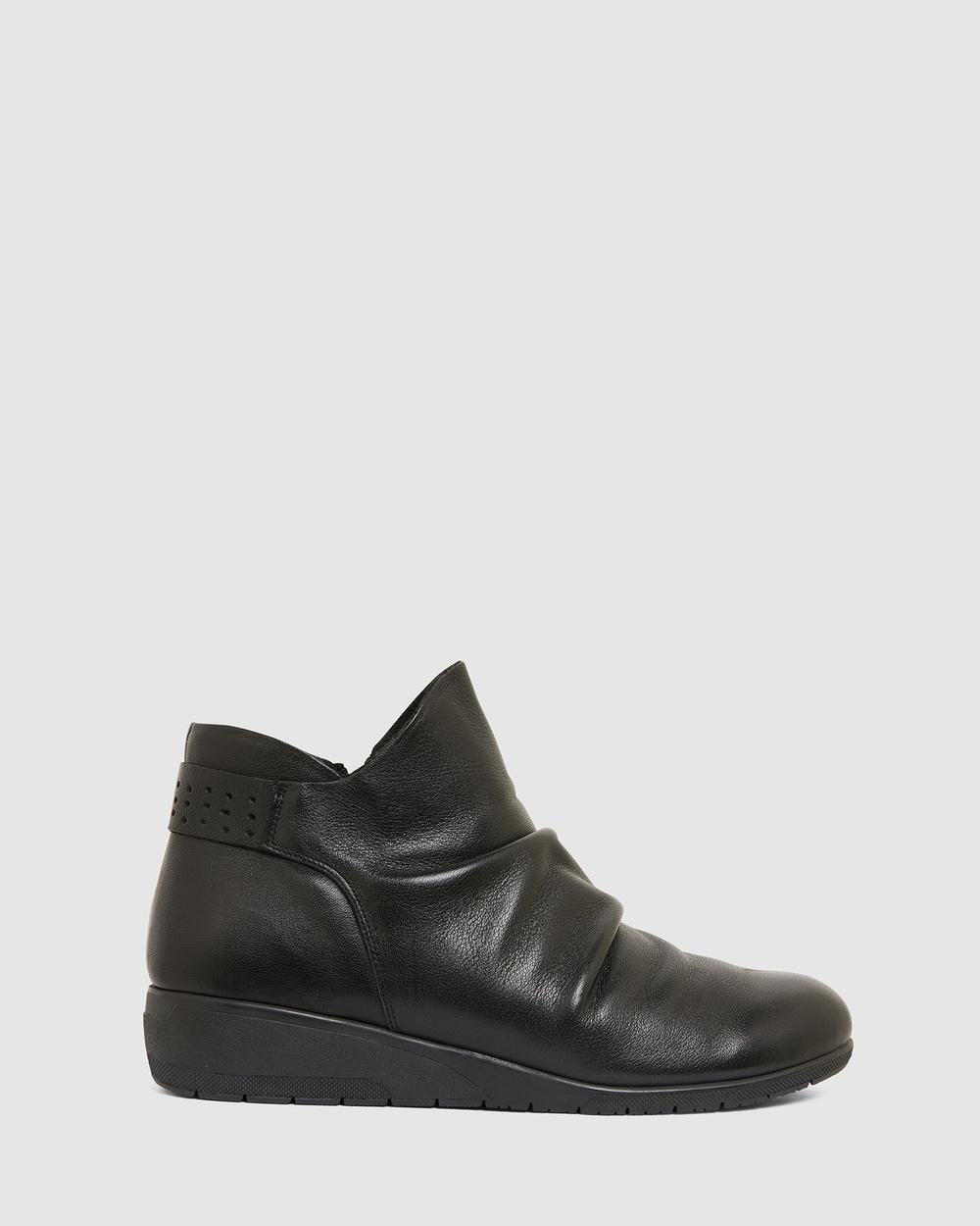 Wide Steps Fairway Wedge Boots BLACK