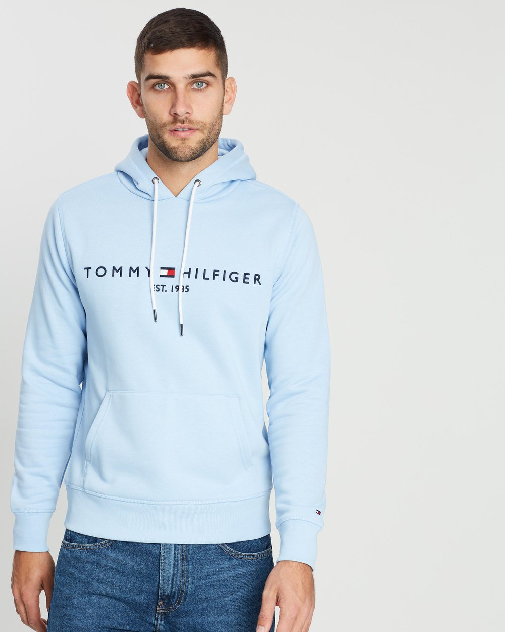 the latest d559a 38b9a Tommy Logo Hoodie