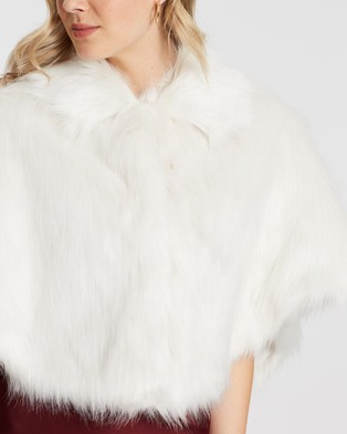 Unreal Fur Nord Cape - Coats & Jackets (Ivory)