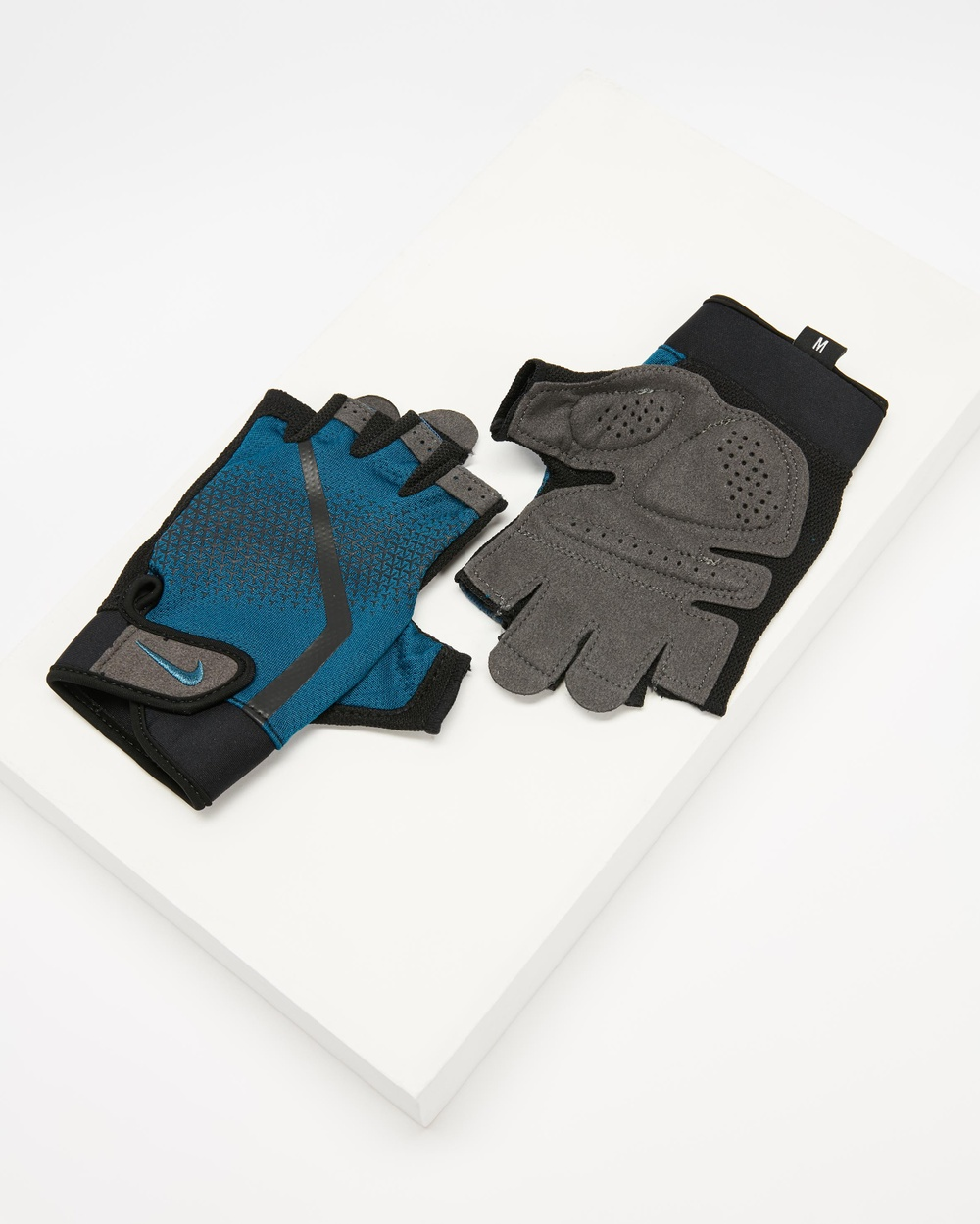 Nike Extreme Fitness Gloves Men's Accessories Blue Force & Black