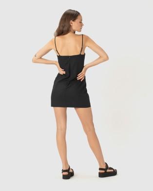 Cools Club Fitted Shift Dress - Dresses (Black)