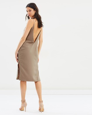 DELPHINE – The Payback Dress Beige