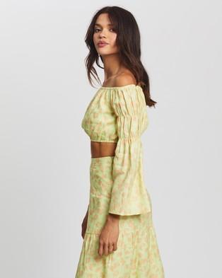 AERE Off Shoulder Top - Cropped tops (Lime Floral)