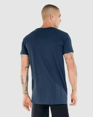 First Division Core Crest Tee - T-Shirts & Singlets (NAVY)