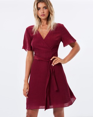 Atmos & Here – Annabelle Pleated Wrap Dress – Dresses (Wine)
