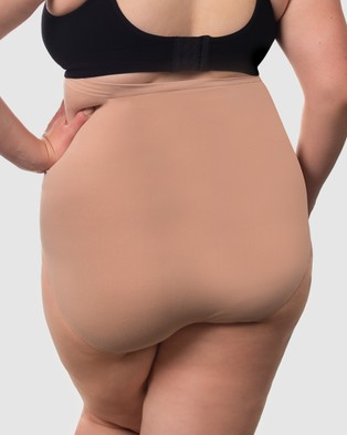 B Free Intimate Apparel Curvy Bridget Cotton Full Briefs - Sleepwear & Loungewear (Nude)