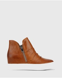 Wittner - Savino Concealed Wedge High Top Sneakers