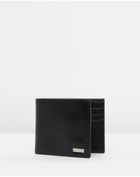 Calvin Klein - Smooth Leather Bifold ID Wallet