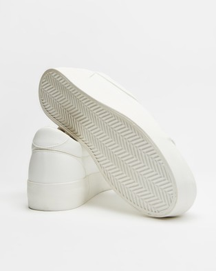 Dazie Peachy Sneakers - Sneakers (White Smooth)