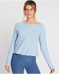 Beyond Yoga - Morning Light Cropped Pullover