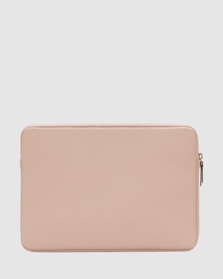 Kate Spade Kate Spade New York Slim Sleeve For 13 inch Laptop - Tech Accessories (Cream)