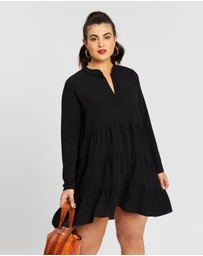 Boohoo - Plus Tiered Smock Dress