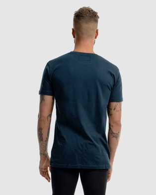 First Division First Embroidery Tee - T-Shirts & Singlets (NAVY)