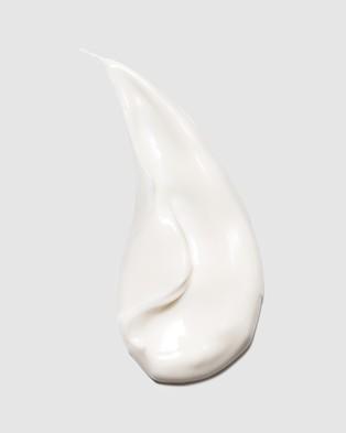 L'Occitane Almond Milk Veil 240ml - Beauty (Almond)
