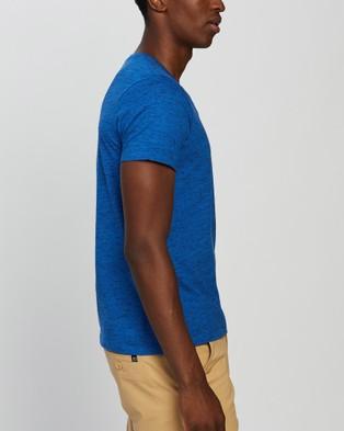 Marcs Marle Arnie V Neck - T-Shirts & Singlets (DEEP BLUE)
