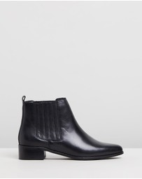 Atmos&Here - Viviana Leather Ankle Boots