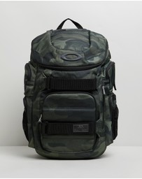 Oakley - Enduro 30L 2.0 Backpack