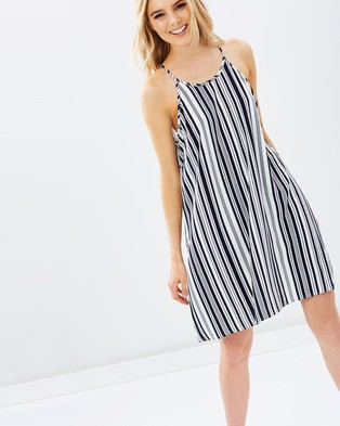 Atmos & Here – Karlie Swing Dress – Dresses (Vertical White & Navy Stripe)