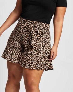 Atmos&Here Curvy Alexa Ruffle Shorts High-Waisted Animal