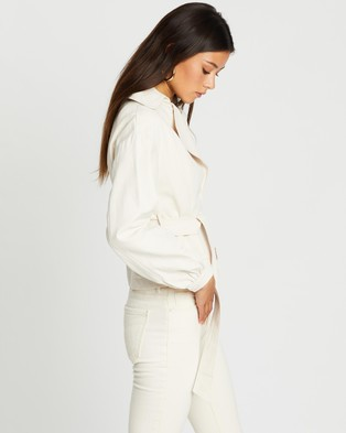 Missguided Cropped Belted Jacket - Coats & Jackets (Cream)