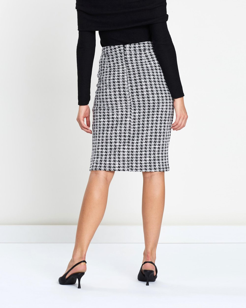 2f6913b7e0 Boucle Chain-Belted Pencil Skirt by Dorothy Perkins Online | THE ICONIC |  Australia