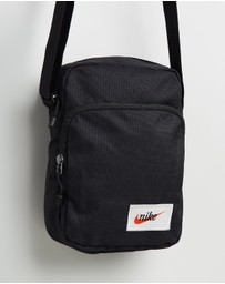 Nike - Heritage Cross Body Bag