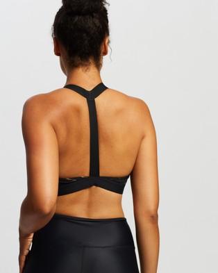 Nike Swoosh Icon Clash Sports Bra - Crop Tops (Black & Metallic Gold)