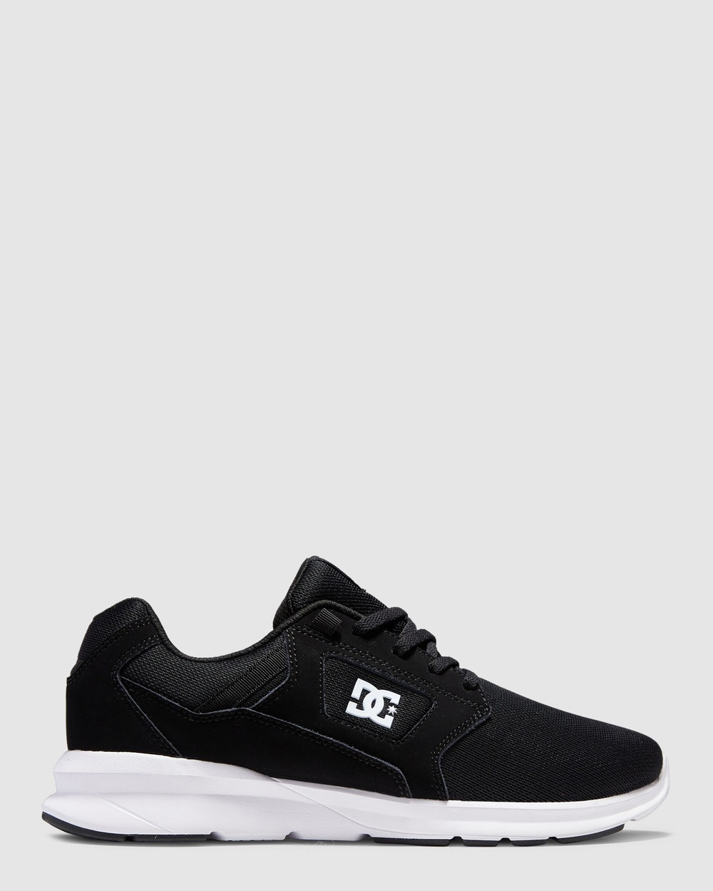 DC Shoes Mens Skyline Lightweight Shoe Sneakers Black/White