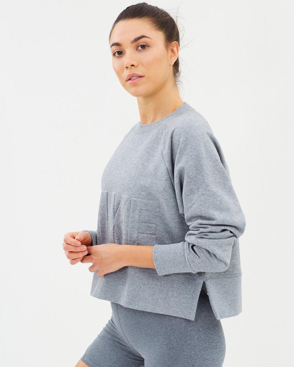3604531f3ca Versa Crew Top - Women's by Nike Online | THE ICONIC | Australia