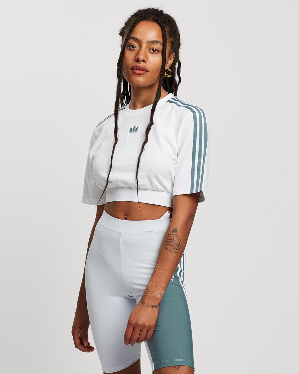 adidas Originals Adicolour 3D Trefoil Cropped Oversize Tee T-Shirts & Singlets White