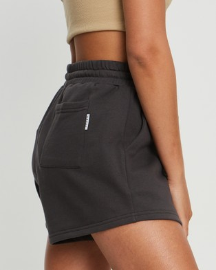Savel Essential Shorts - High-Waisted (Charcoal)