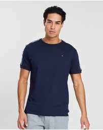 Tommy Hilfiger - Authentic Logo Tape SS Tee