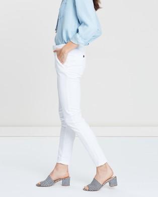 REIKO Sandy 2 Basic - Pants (White)