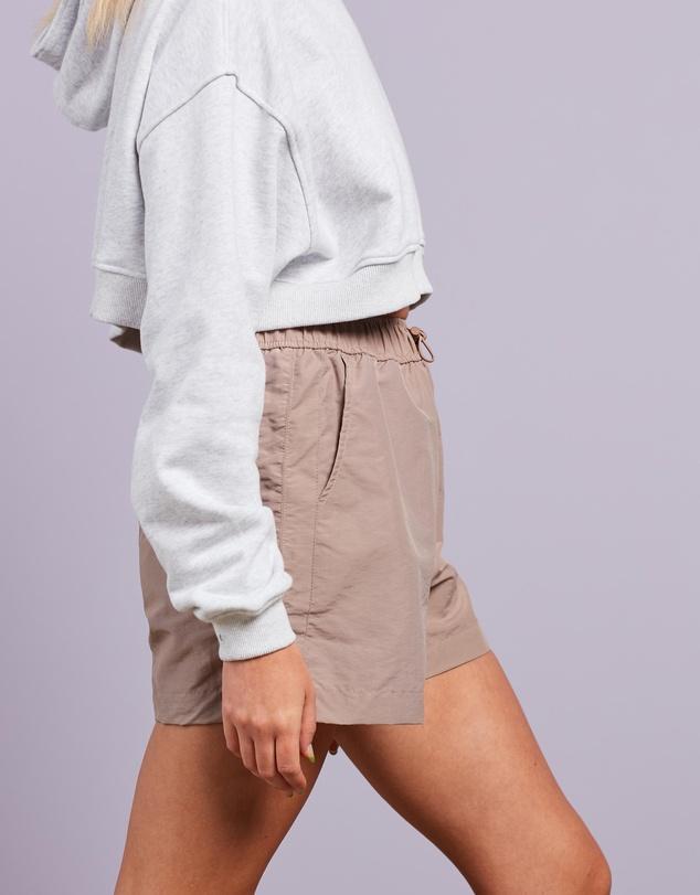 Women Co-Ord Tonal Drawstring Windbreaker Shorts